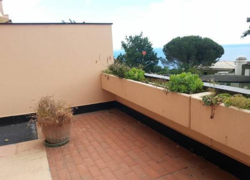 Varazze piani d 39 invrea bilocale con terrazzo vista mare for Piani di casa rustici con soppalco